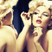 8 Ways to Apply Makeup Faster ...