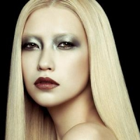 7 Ways to Make Your Makeup Last Longer ...