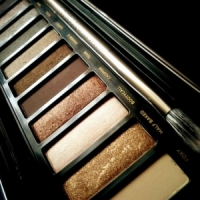 7 Must Have Eyeshadow Palettes ...