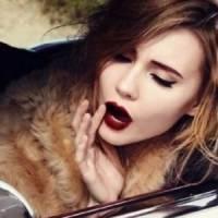 7 Essential Tips on Pulling off Dark Lipstick ...