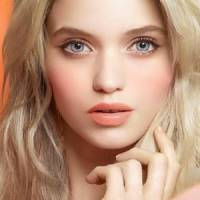 7 Reasons to Use Lip Stain Instead of Lipstick ...