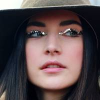 7 Things to Consider about Glitter Make-up ...