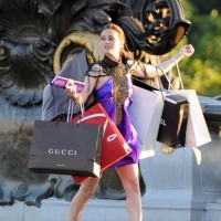 7 Signs You Have a Serious Shopping Addiction ...