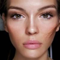 How to Create the 'No Makeup' Look ...