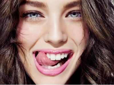 7 Fruity Lip Glosses ...