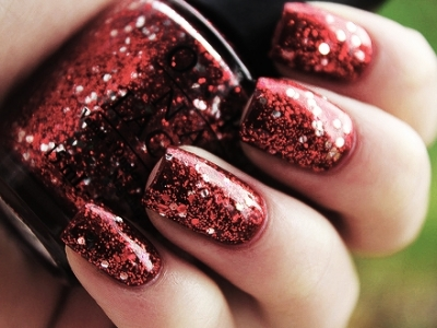 8 Totally Chic Nail Colors to Try for Winter ...