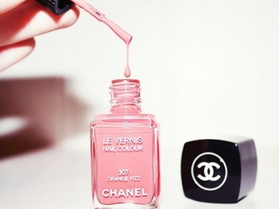 7 of the Most Popular Chanel Nail Polishes ...