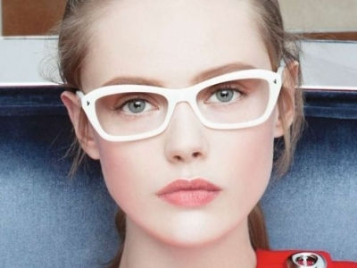 21 Makeup Tricks for Eyeglass Wearing Girls ...