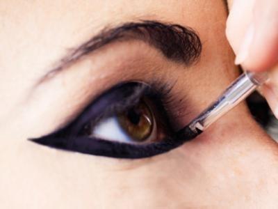 7 Fab Makeup Tricks for Hazel Eyes ...