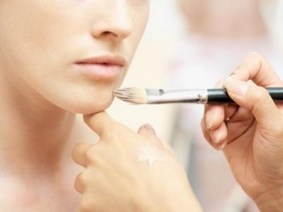 8 Ways to Cover Blemishes on the Lightest Skin ...