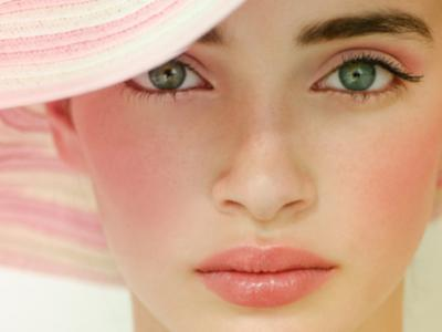 7 Blush Application Tips for Your Face Shape ...