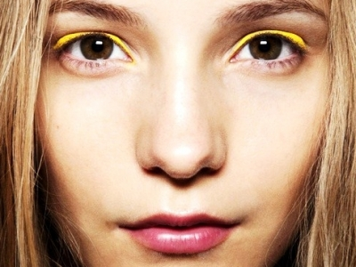 7 Trendy Eyeliner Colors You Need to Try ...