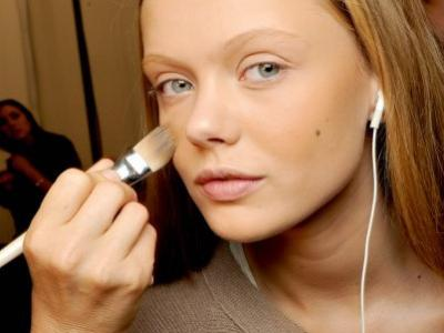 7 Perfect Makeup Primers for Acne Prone Skin ...