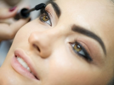7 Tips for Thick, Luscious Lashes That Will Be the Envy of All ...
