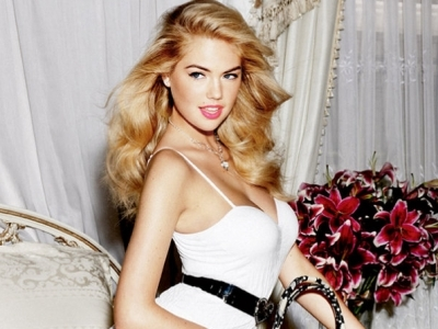 7 Makeup Tips for Blondes to Give You That Bombshell Look ...