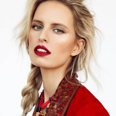 7 Tips to Follow when Wearing Red Lipstick ...