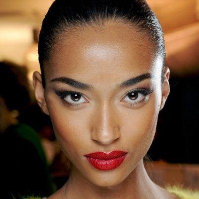 7 Tips for Choosing the Right Shade of Red Lipstick ...