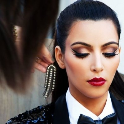 All You Need to Know to Rock a Bold Lip: 8 Easy Steps ...