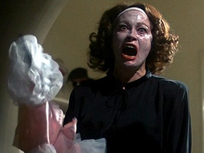 10 Monstrous Movie Moms ...