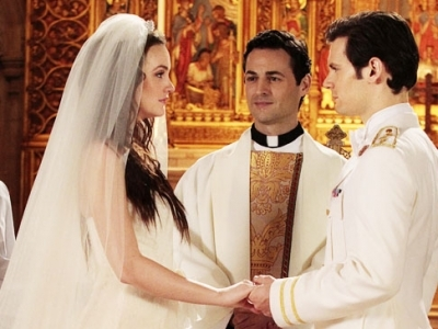 7 of the Most Memorable TV Weddings ...