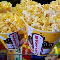 8 Delicious Must-Have Movie Snacks ...