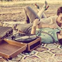 9 Songs to Send to Your Sweetheart ...