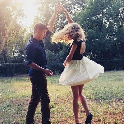 Dance to These 9 Slow Songs with Your BF ...