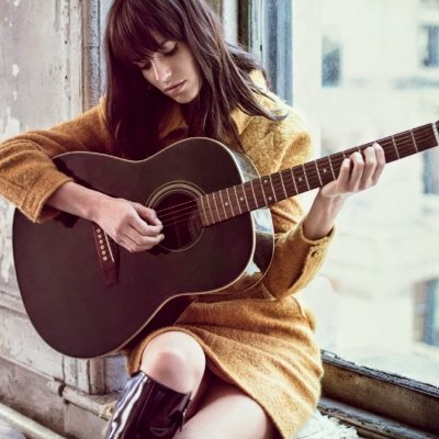 Dreamy Love Songs Every Girl Secretly Wishes Was Written for Her ...