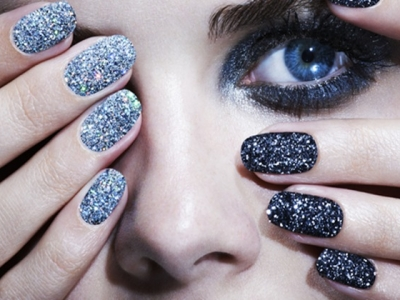 Top 7 Textured Nail Polishes to Flaunt This Summer ...