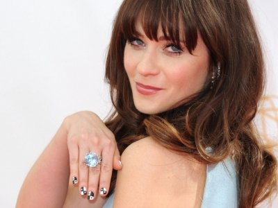 7 Electric Zooey Deschanel Inspired Nail Designs ...