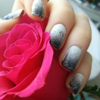 21 Really Cool Sponged Nail Art Ideas to Rock Your World ...