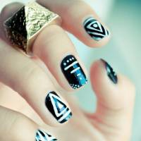 Wait until You See These 37 Outstanding Ways to do Geometric Nail Art ...