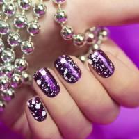 37 Fabulous Ways to Wear Glitter Nail Polish ...