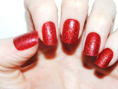 7 Tips on How to Remove Glitter Nail Polish ...