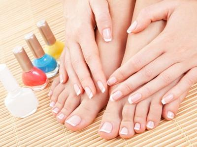 7 Best Toe Nail Polish Colors to Wear This Spring ...