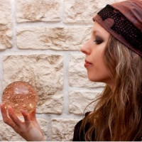 7 Fascinating Ways to Channel Your Inner Psychic ...