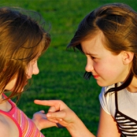 8 Tips to Settle Sibling Rivalry ...