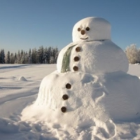 8 Fun Things to do in the Snow with Kids ...