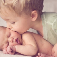 7 Ways to Prepare Your Firstborn for a Sibling ...