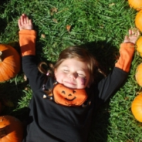 7 Fall-themed Crafts to Create with Preschoolers ...