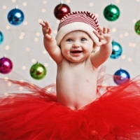 7 Fun Things to do for Baby's First Christmas ...