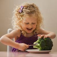 7 Benefits of a Vegetarian Diet for Children ...