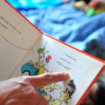 7 Reasons to Read Bedtime Stories to Your Kids ...