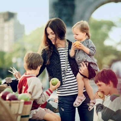 7 Tips on How to Develop Social Skills in a Child ...