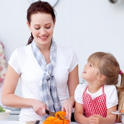 7 Fun Ways to Get Your Kids Involved with Making Dinner ...