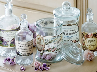 8 Steps to Making Your Own Perfume ...