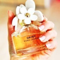 7 New Celebrity Fragrances for 2012 ...