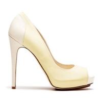 8 Beautiful White Burak Uyan High Heels ...