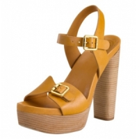 3 Gorgeous Camel Tory Burch Sandals ...