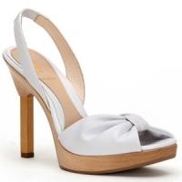 8 Stylish White Fendi Sandals ...